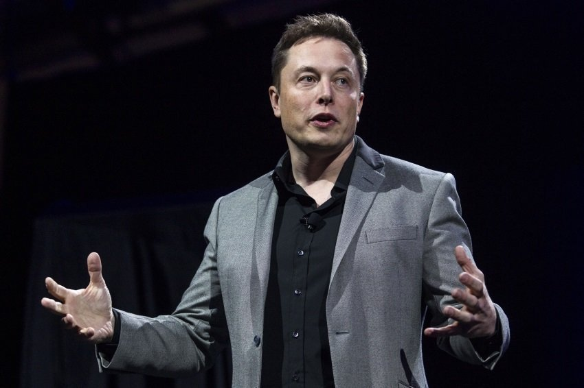 Ілон Маск пропонує побудувати місто на Марсі та базу на Місяці