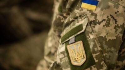 Війна на Донбасі: підірався автомобіль з військовими, є загиблий