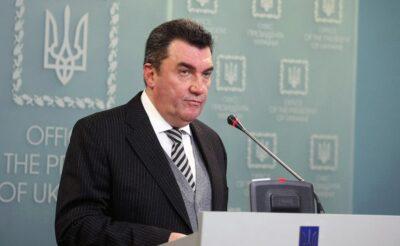 Україна повністю припиняє авіасполучення з Білоруссю