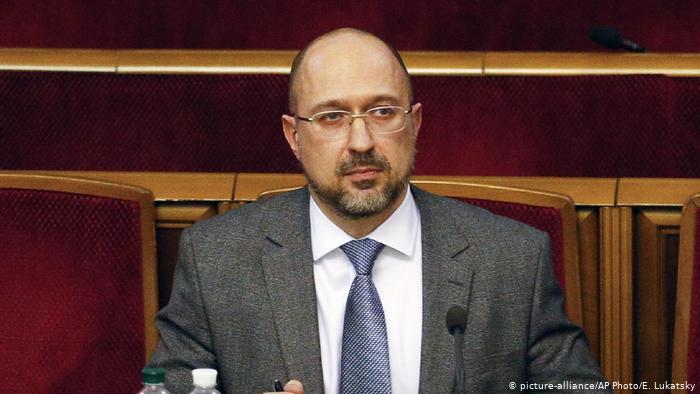 Шмигаль оголосив графік поставки вакцин проти Covid-19