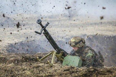 Війна на Донбасі: ворожі війська стріляли 4 рази
