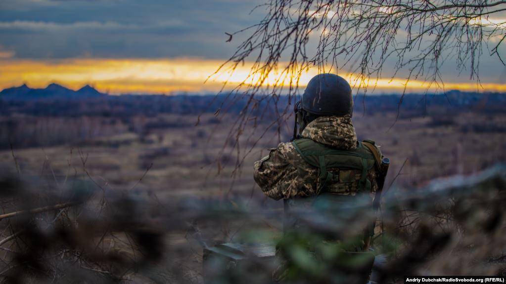 """З початку доби ворог 5 разів порушував """"тишу"""" на сході України"""
