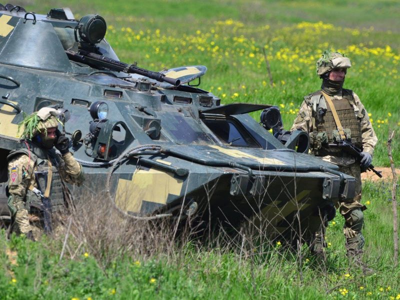 Збройні сили України провели масштабні навчання біля кордону Криму