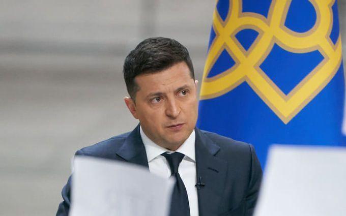 Зеленський: Німеччина могла б допомогти Україні зброєю